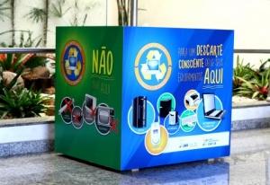 Descarte de pilhas e lixo eletrônico