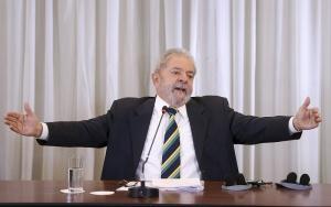 Ex-Pr Lula Coletiva de Imprensa 12