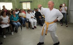 Karatê para idosos de Itapevi