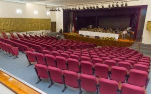 Teatro Municipal Glória Giglio, em Osasco