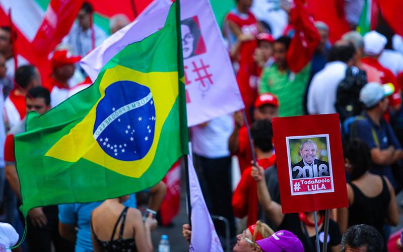 São Paulo- SP- Brasil-  31/03/2016- Ato pela Democracia na Praça da Sé, região cenral da cidade. Foto: Paulo Pinto/ Agência PT