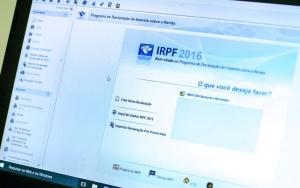 Brasília - Receita Federal libera o programa da Declaração do Imposto de Renda Pessoa Física 2016, ano-base 2015 (Marcelo Camargo/Agência Brasil)