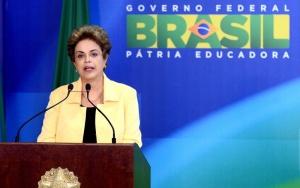 Brasília -  A presidenta Dilma Rousseff participa do lançamento do Hora do Enem, programa de TV e plataforma on-line destinado a apoiar estudantes na preparação para o Exame Nacional do Ensino Médio (Enem) (Wilson Dias/Agência Brasil)