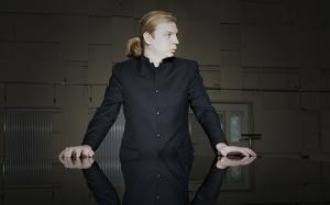 Pianista russo Denis
