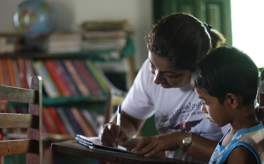Professores recebem beneficio