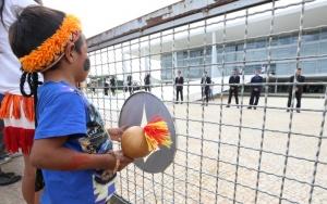 Brasília- DF 17-05-2016  Exercito, PM e seguranças em frente ao planalto para barrar uma pequena manifestação de Indios.  Foto Lula Marques/Agência PT