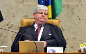 Brasília - O Procurador Geral da República, Rodrigo Janot participa da sessão do STF que adiou o julgamento sobre a validade da posse de Lula na Casa Civil (Antonio Cruz/Agência Brasil)