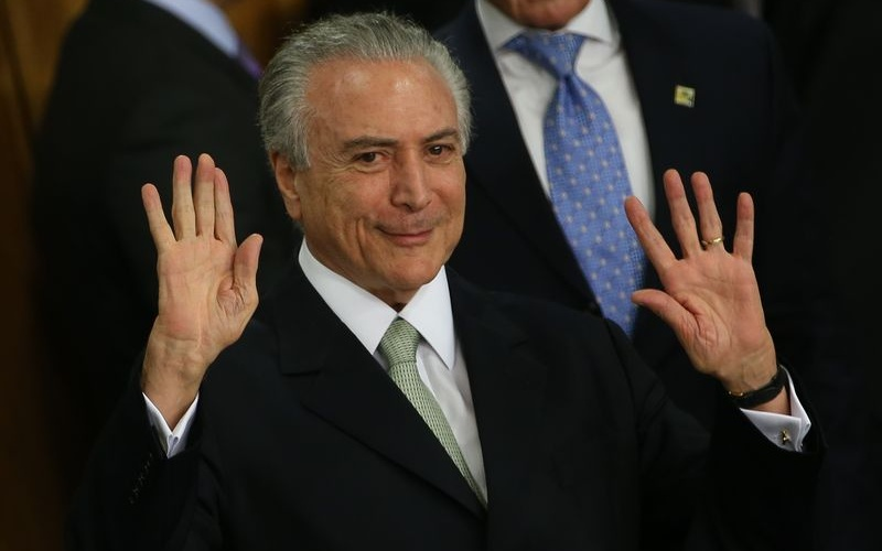 Brasília - O presidente interino Michel Temer durante cerimônia de posse aos ministros de seu governo, no Palácio do Planalto (Marcello Casal Jr/Agência Brasil)