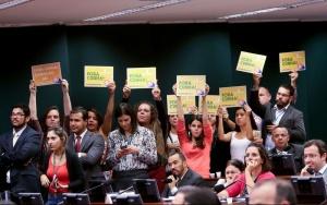 Brasília - O Conselho de Ética da Câmara se reúne para apreciar e votar o parecer do deputado Marcos Rogério, que recomenda a cassação do mandato de Eduardo Cunha (Wilson Dias/Agência Brasil)