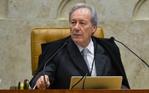 Brasília - O presidente do STF, Ricardo Lewandowski participa de sessão plenária do Supremo Tribunal Federal, para julgar vários processos (Antonio Cruz/Agência Brasil)
