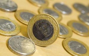 Mercado diz inflação deve encerrar o ano em