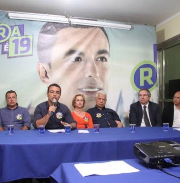 COLETIVA ROGÉRIO LINS