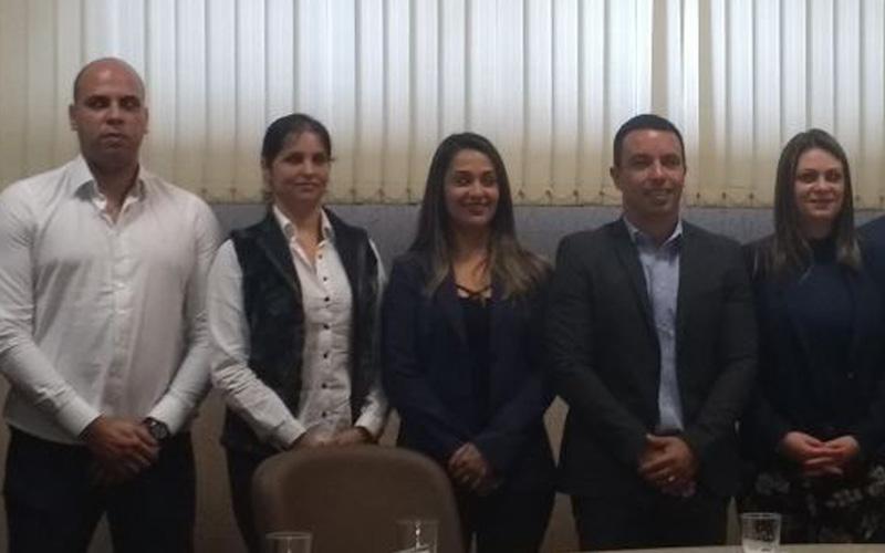Na foto: Gerson Pessoa, Renata Poletti de Sousa, Elsa Oliveira, Prefeito Rogério Lins e Aline Lins.