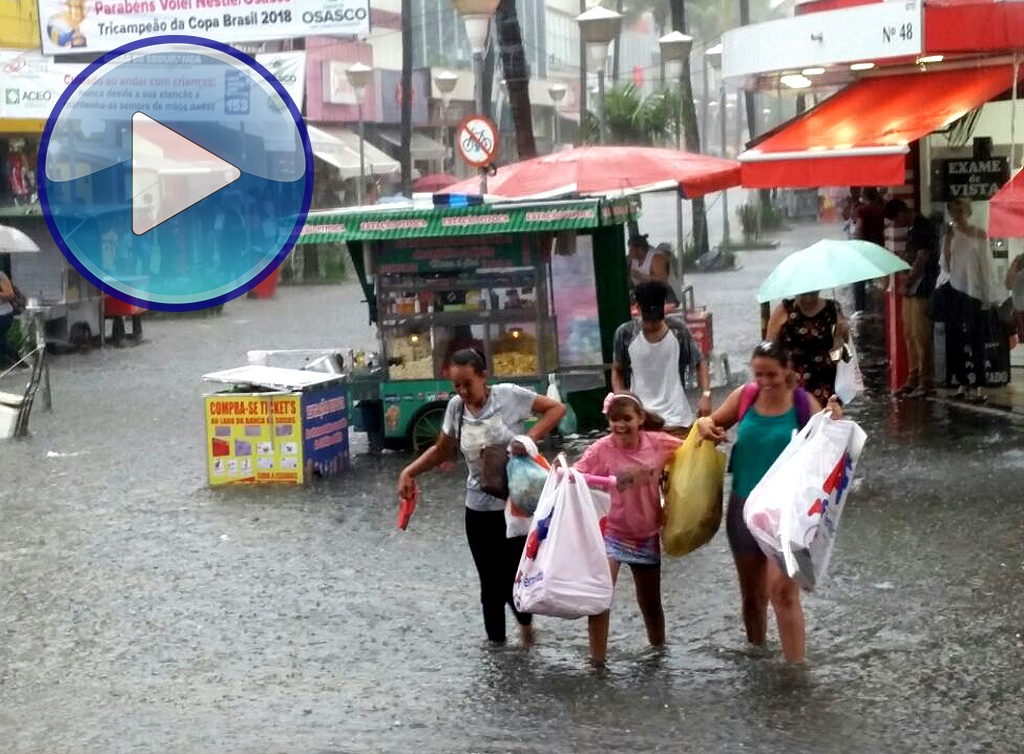 capa enchentes