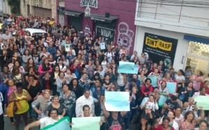 Manifestação de funcionários da Educação/PMO