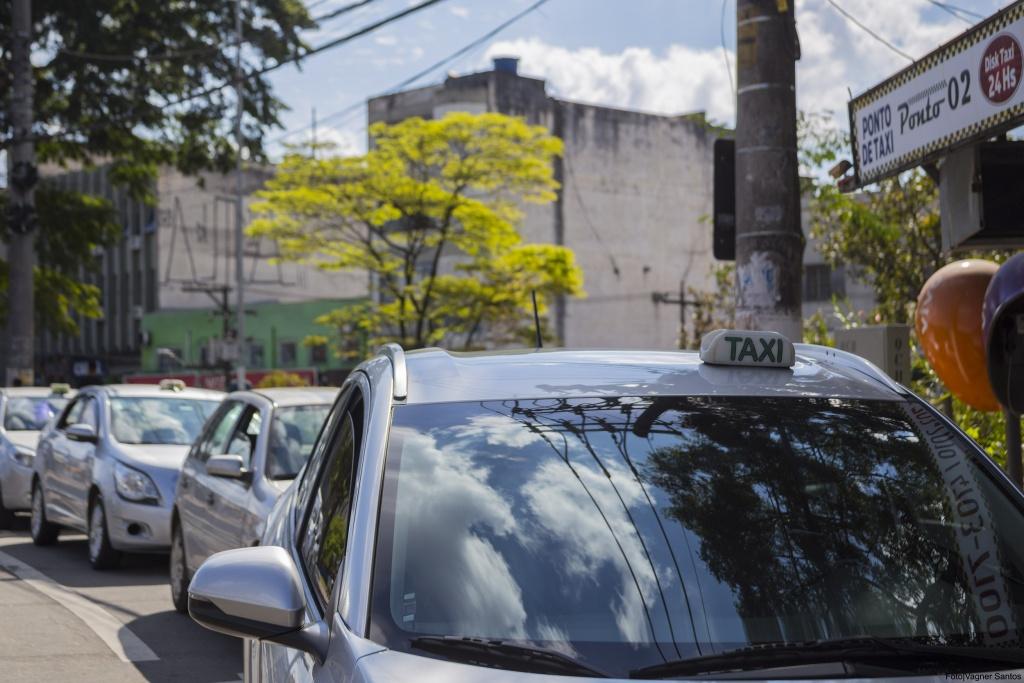 Táxi_Cotia_Vagner Santos
