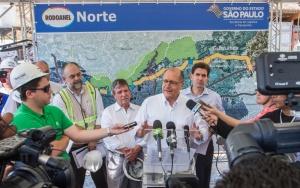 O Governador de São Paulo visitou as obras do Rodoanel Norte, na região do Jd.Antartica, zona norte de São Paulo. São Paulo 20/10/2015 - Foto: Eduardo Saraiva/A2IMG