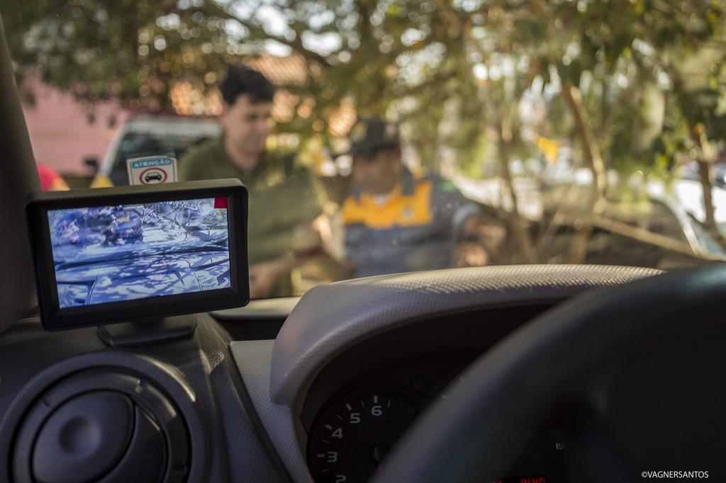 Câmera em transporte escolar Cotia